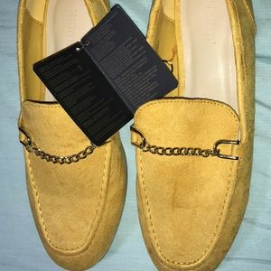 Forever 21 Flats shoes US SIZE 6 - Golden Mustard